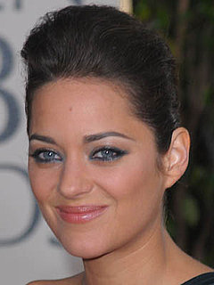 Marion Cotillard at the 2010 Golden Globe Awards 2010-01-17 17:05:32