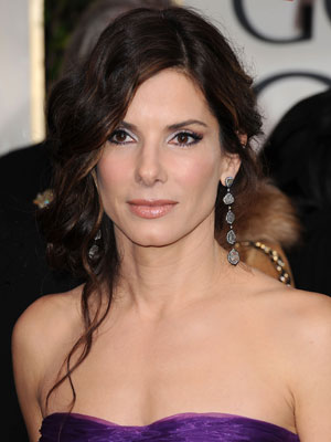 Sandra Bullock at the 2010 Golden Globe Awards 2010-01-17 16:32:38