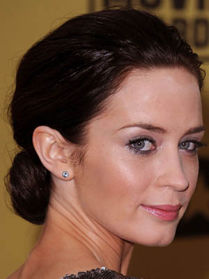 Emily Blunt at 2010 Critics' Choice Awards 2010-01-15 17:19:44