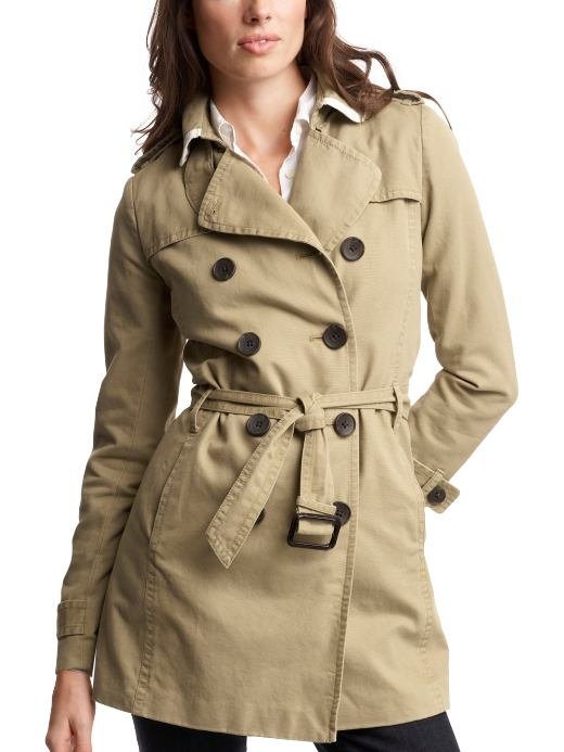 Back to Basics: 15 Crisp Trench Coats