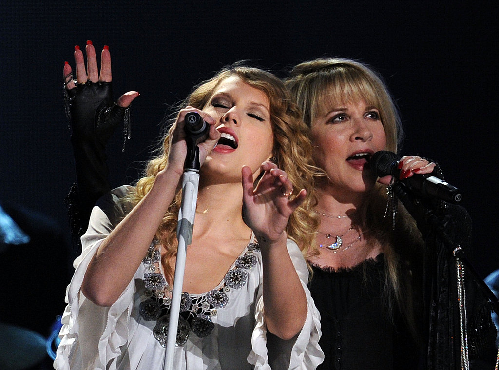 2010 Grammy Awards Stage Sirens!