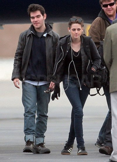Photos of Kristen Arriving in LA