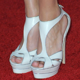 Accessories and Shoes at 2010 Screen Actors Guild Awards 2010-01-25 14:00:22