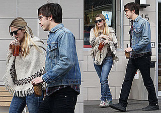 Photos of Drew Barrymore and Justin Long Grabbing Ice Tea in LA