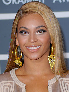 The Stuff in Beyonce's Hair at the Grammys 2010-02-01 12:00:00