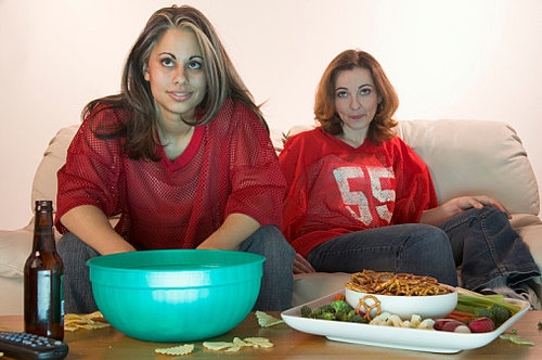 Smarter Eats: Keep Super Bowl Snacks Off the Table
