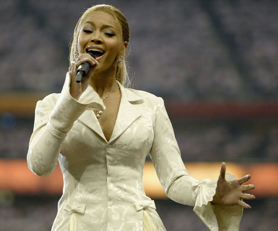 Beyoncé Knowles sang the national anthem in 2004.