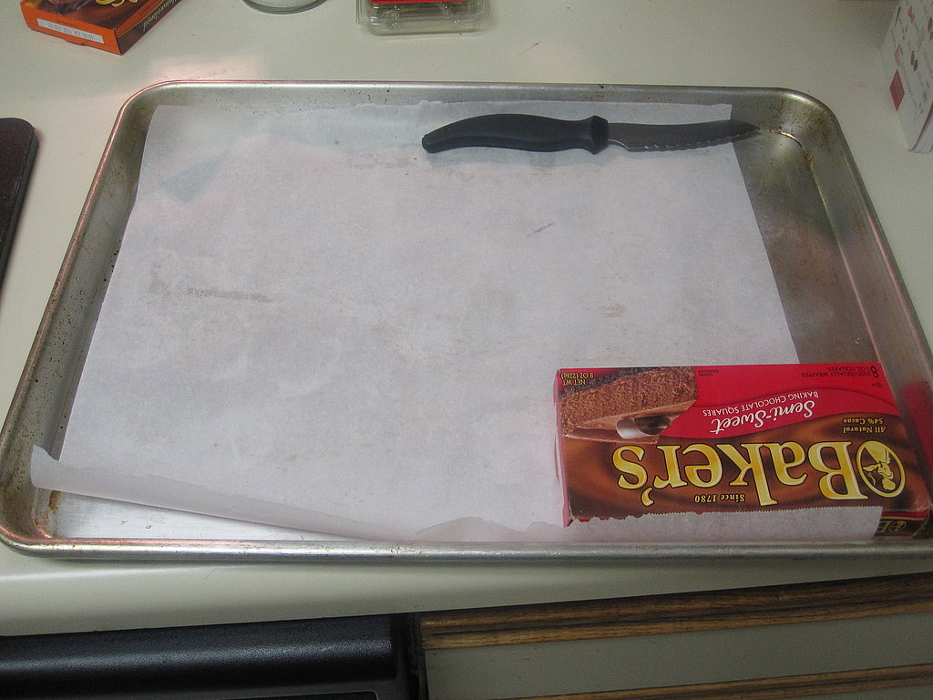 Cover a large baking sheet with parchment paper and set aside.