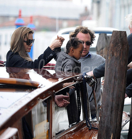 Brad and Angelina Take a Water Taxi with Knox and Zahara