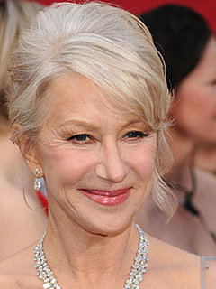 Helen Mirren at 2010 Oscars 2010-03-07 16:55:58