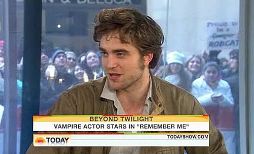 Video of Robert Pattinson on The Today Show For Remember Me 2010-03-01 08:01:12