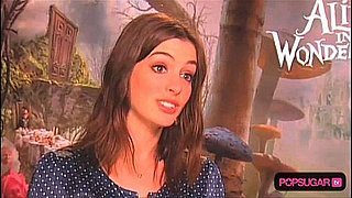 Anne Hathaway says she would work for free on Tim Burton's Alice in Wonderland