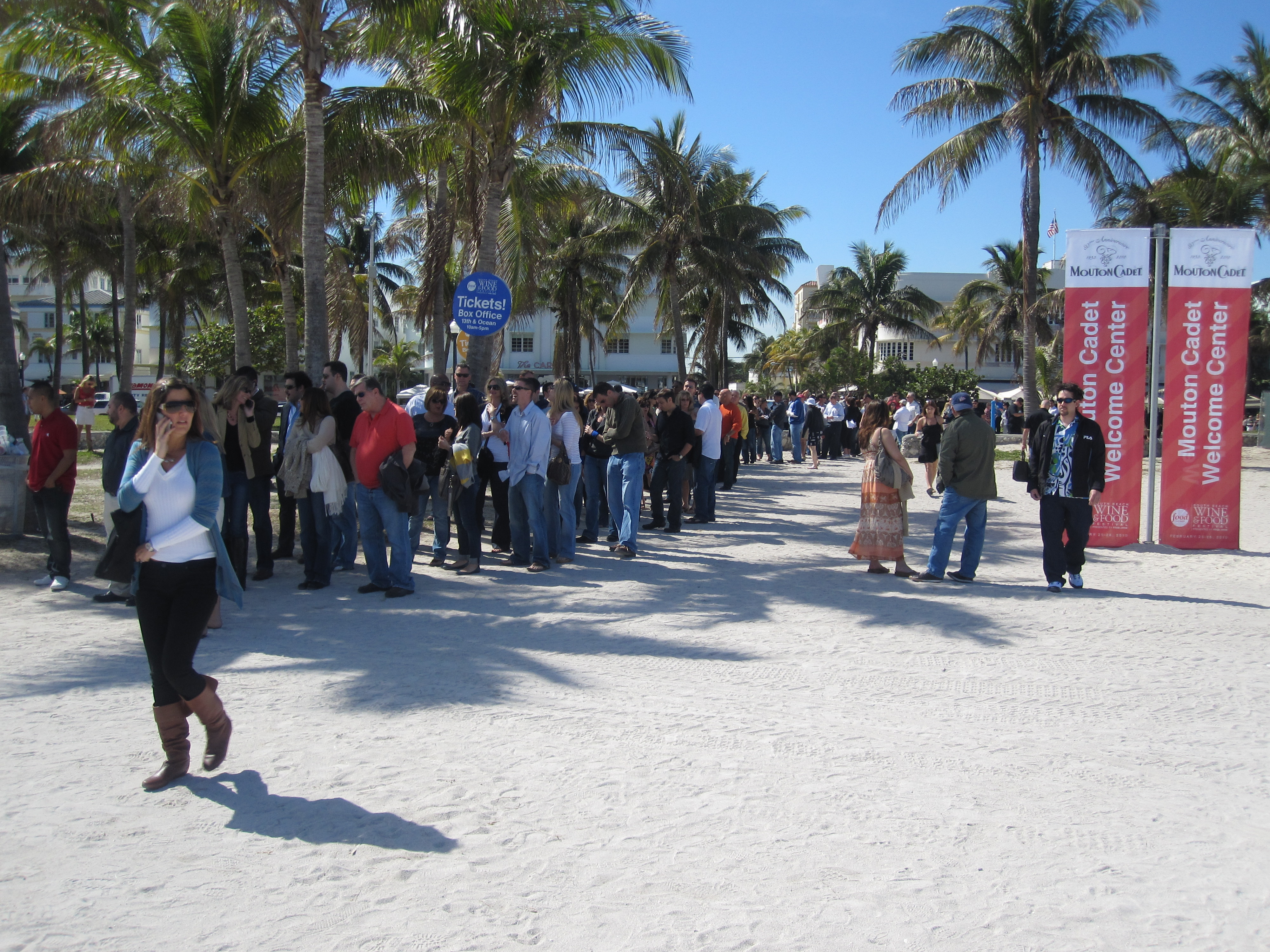There were lines everywhere. And scalpers selling tickets. This one, to get into the festival, stretched from the beach to the street.