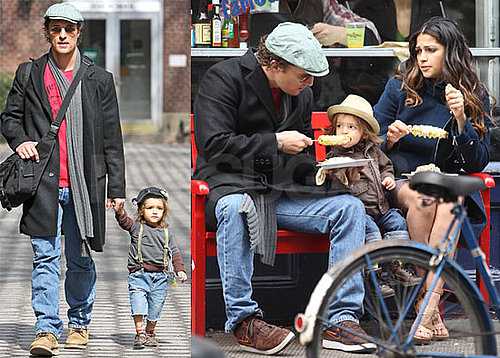 Photos of Matthew McConaughey, Camila Alves, and Levi McConaughey in New York Visiting the Zoo and Eating Corn