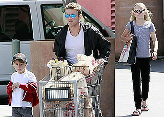 Photos of Ryan Phillippe Grocery Shopping With Ava and Deacon