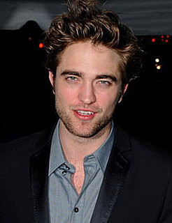 Robert Pattinson to Direct Breaking Dawn