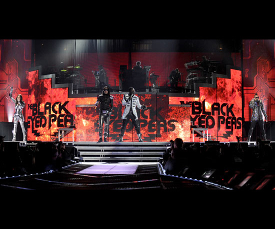 Why Geeks Should See the Black Eyed Peas Live