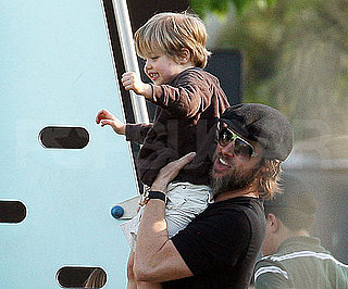 Slide Picture of Brad Pitt and Shiloh in Venice