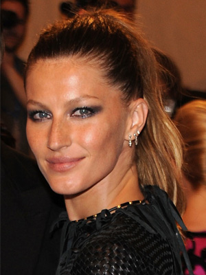 Gisele Bundchen at 2010 Costume Institute Gala