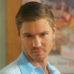 "Music Video For Alicia Keys's ""Unthinkable (I'm Ready)"" With Chad Michael Murray 2010-05-12 14:30:00"