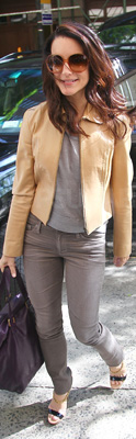 Kristin Davis Wore Skinny Jeans and Tan Leather Jacket to ABC Studios in NYC