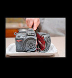 Capture Your Geekiness With a Nikon D7-Yum Cake