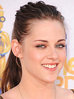 Kristen Stewart at 2010 MTV Movie Awards