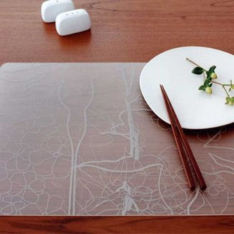 Modern Twist Has a Different Twist to Placemats