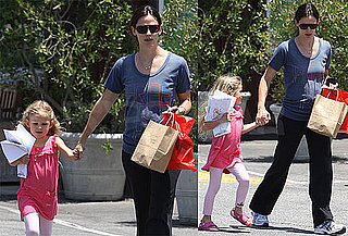 Pictures of Jennifer Garner and Violet Affleck 2010-06-18 16:30:19