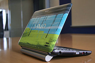 Pictures of the Sony Vaio W Billabong Edition Notebook