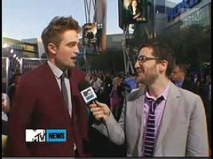 Rob Talks to MTV at  the Eclipse premiere