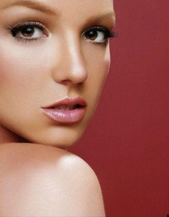 Britney Spears Sneaking Calls to Adnan Ghalib?