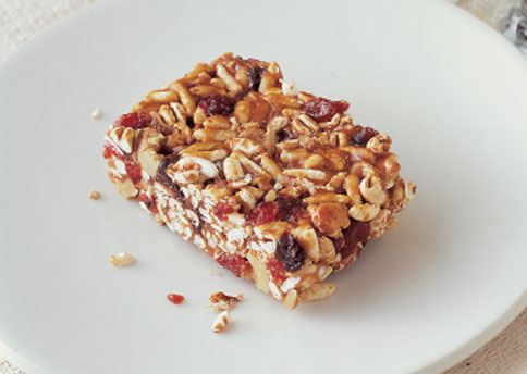 This cereal, dried fruit, and peanut butter bar doesn't have to be refrigerated, which makes it easy to keep handy.