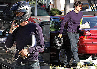 Pictures of Orlando Bloom Showing Off His Ring in LA