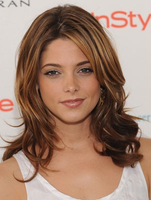Ashley Greene Makeup Tips