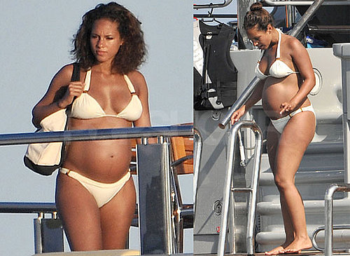 Pictures of Alicia Keys Pregnant in Bikini on Yacht Honeymoon with Swizz Beatz