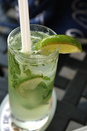 The Mojito: Your Guilt-Free Weekend Cocktail