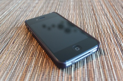 Pictures of the Incase Snap Case for iPhone 4