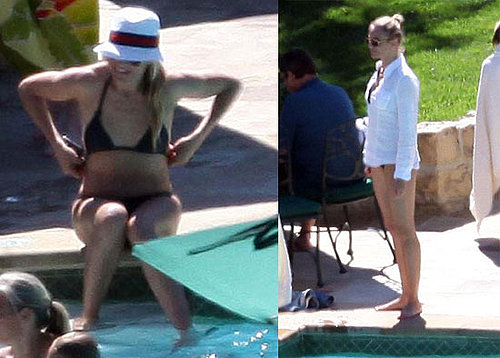 Pictures of Cameron Diaz in a Bikini