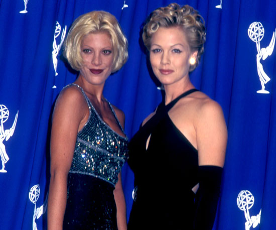 Tori Spelling and Jennie Garth dressed to th