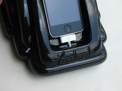 Photos of iRetrophone iPhone Dock
