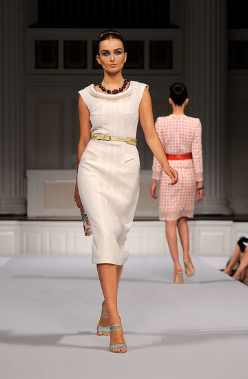 2011 Spring New York Fashion Week: Oscar De La Renta