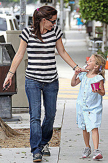 Pictures of Jennifer Garner and Violet Affleck Getting Ice Cream in LA