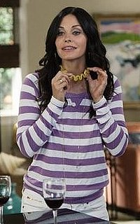 Courteney Cox's Style on Cougar Town 2010-09-29 11:15:08