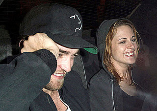 Pictures of Kristen Stewart and Robert Pattinson in a Taxi
