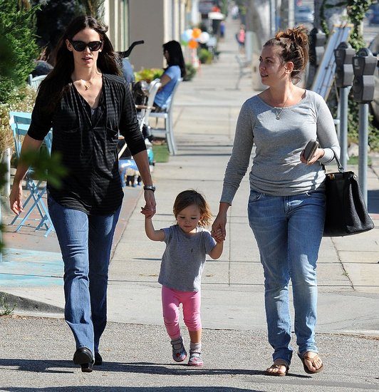 Pictures of Jennifer Garner, Violet and Seraphina
