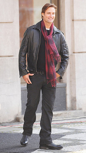 Pictures of Josh Holloway on the Set of Mission: Impossible 4 in Prague 2010-10-14 16:30:00
