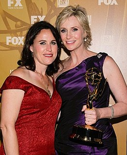 Jane Lynch Talks About Her Wife