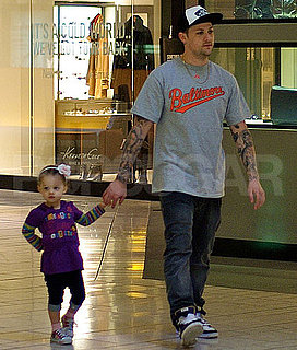 Pictures of Joel Madden and Harlow Shopping in LA