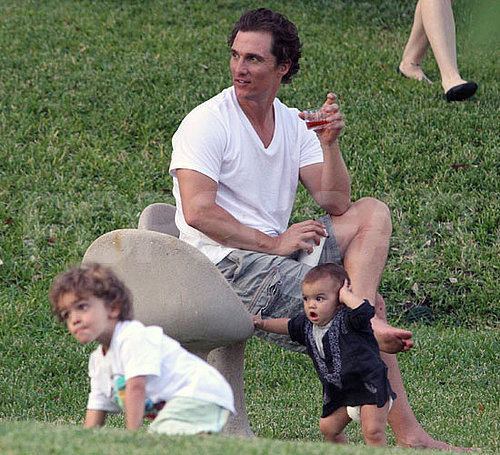 Pictures of Matthew McConaughey With Levi, Vida, and Camila Alves